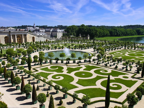 Versailles & Giverny Tour (Full Day)