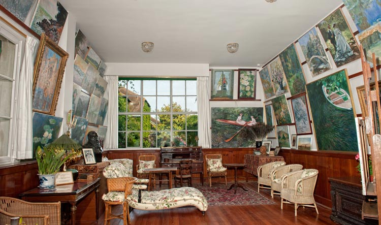 living room in Giverny Monet's House