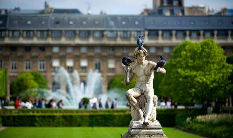 Palais Royal - Sculpture Details