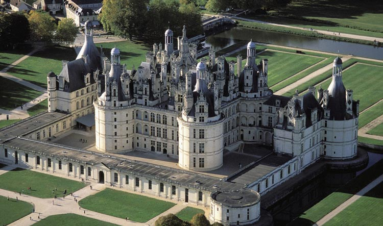 Sky view of Chambord Castle - Loire Valley