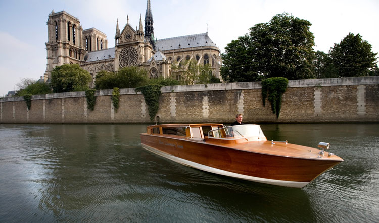 Luxury Boat Cruise On The Seine River  Unique Paris Private Tours