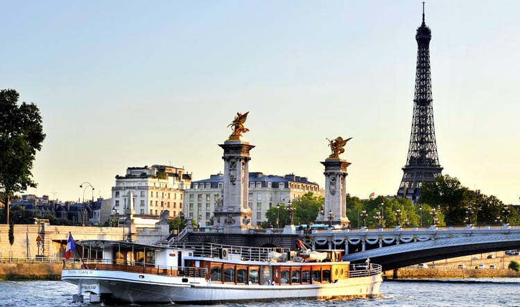 Private Luxury Riva Boat on the Seine River near Notre Dame Cathedral